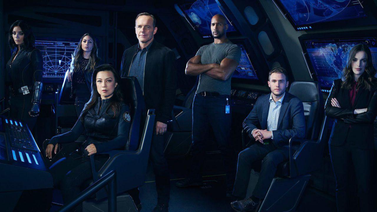 Agents of S.H.I.E.L.D. 6: Whedon, Tancharoen e Bell sui plot twist del finale di stagione