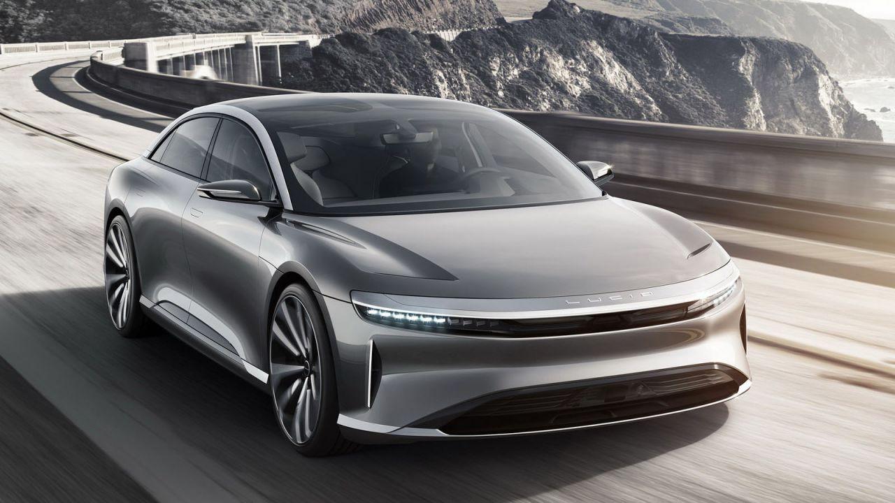 Al via la produzione della Lucid Air: l'elettrica di lusso che sfida Tesla