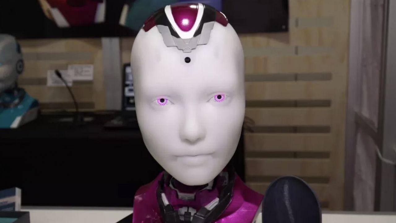 Alexa diventa 'umana' con Alena: il robot dagli occhi viola mostrato al CES