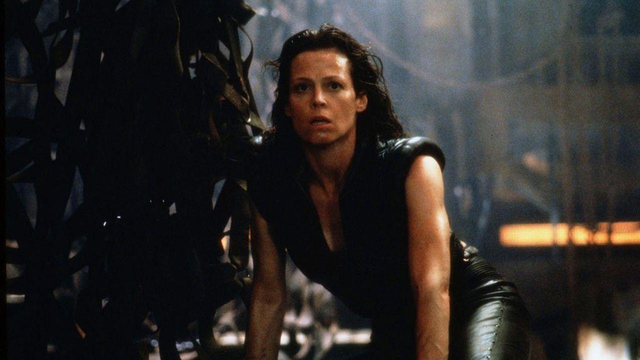Alien 5, Sigourney Weaver torna sul film mai realizzato: 'Mi hanno chiesto di tornare'