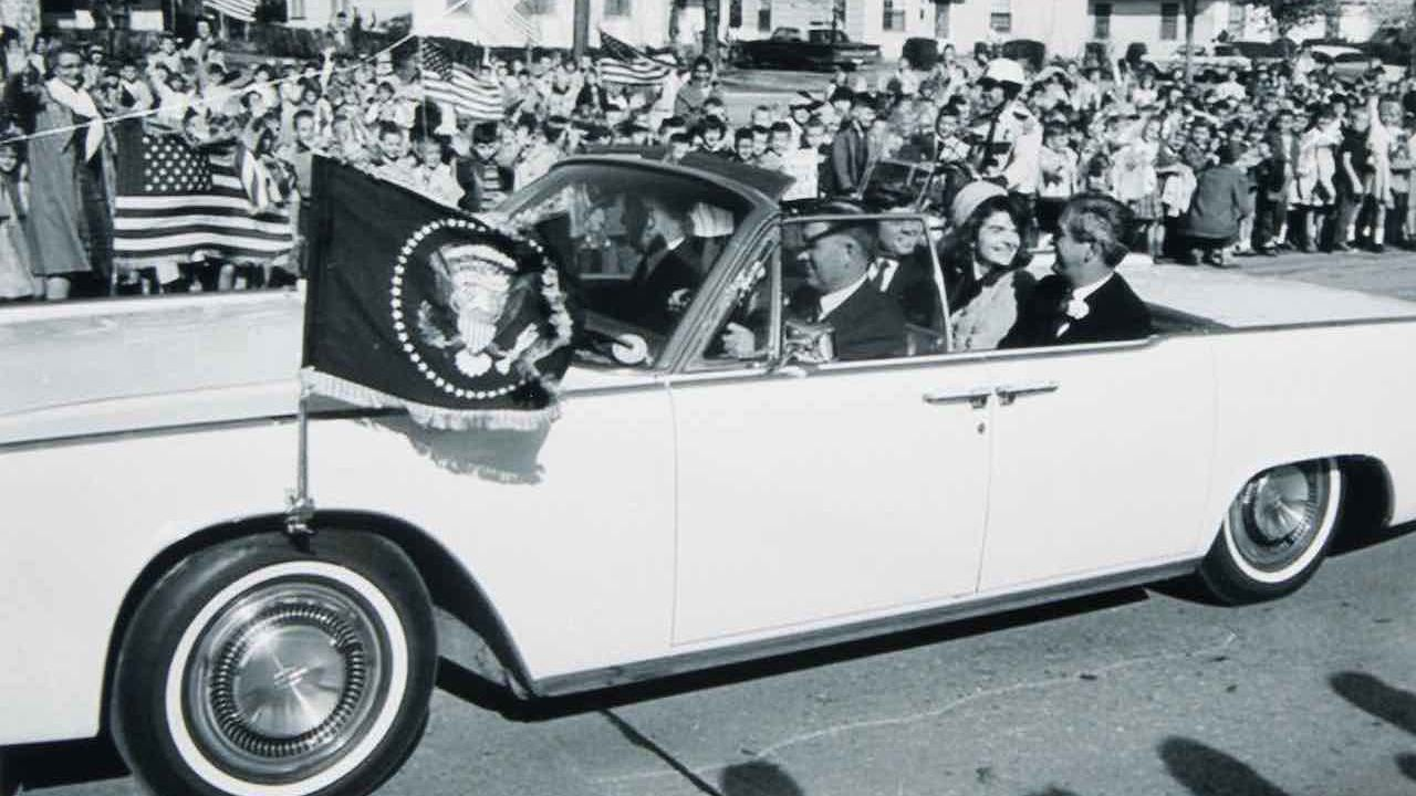 All'asta due limousine appartenute all'ex Presidente John F. Kennedy