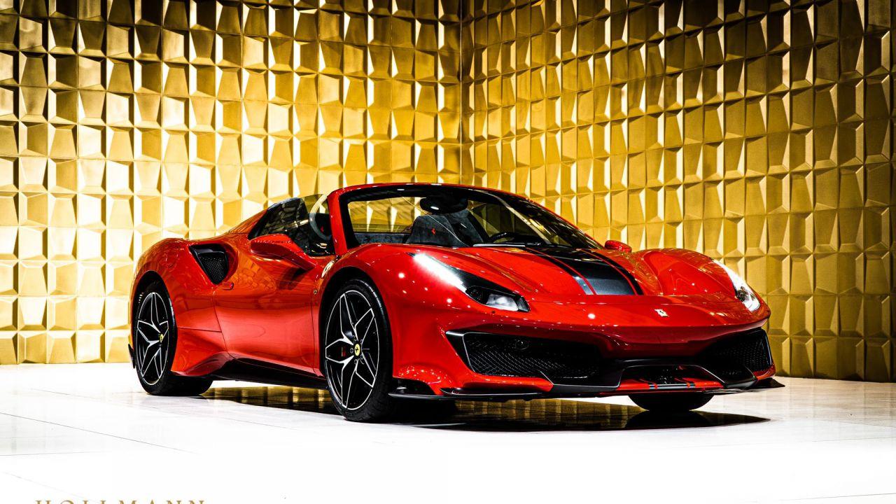 All'asta una Ferrari 488 Spider: costa il doppio di un esemplare nuovo di zecca