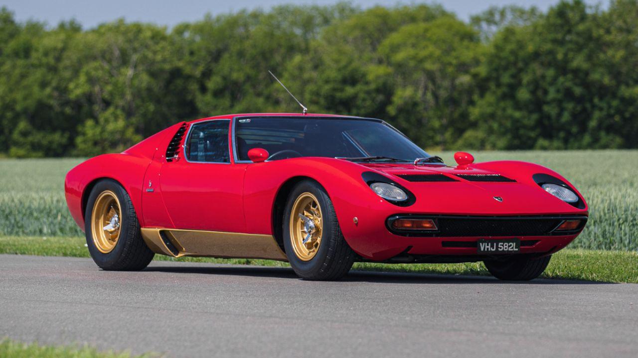 All'asta una Lamborghini Miura SV del 1972: il prezzo potrebbe essere astronomico