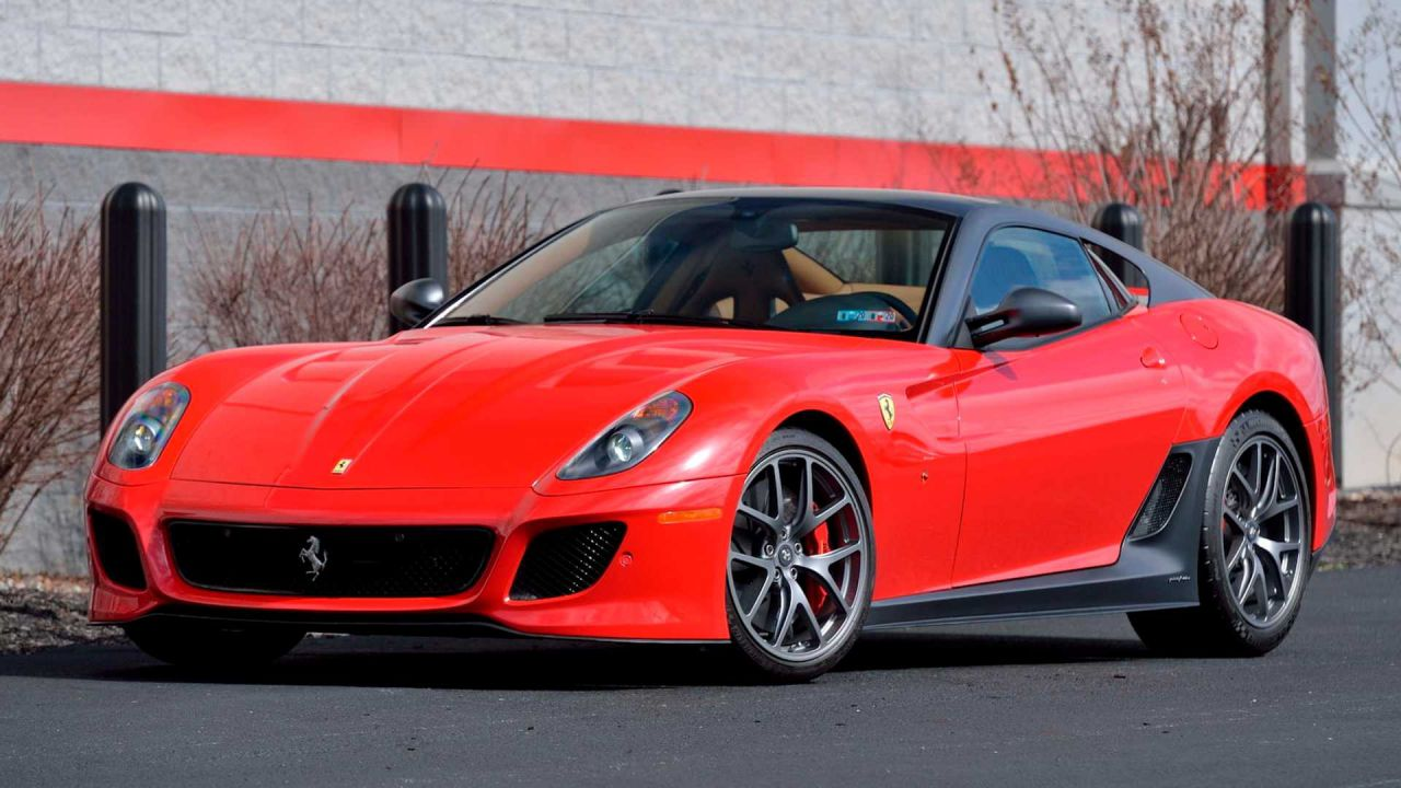 All'asta una rara Ferrari 599 GTO come nuova, con soli 270 km