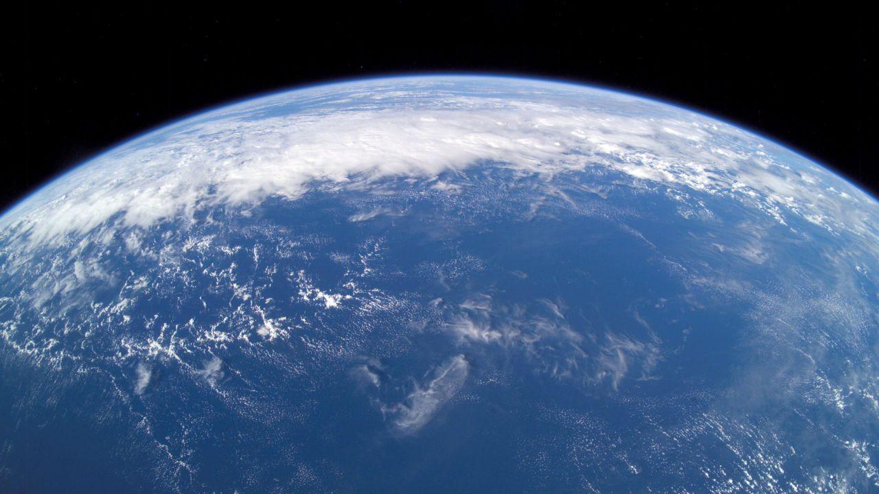 All'inizio della sua storia, la Terra potrebbe essere stata coperta completamente d'acqua