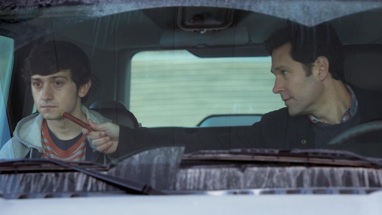 Altruisti si diventa: online il trailer del film con Paul Rudd e Selena Gomez