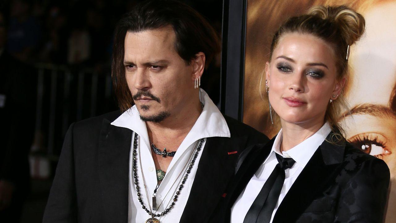 Amber Heard e lo smalto rosso: ecco come avrebbe simulato l'aggressione di Johnny Depp
