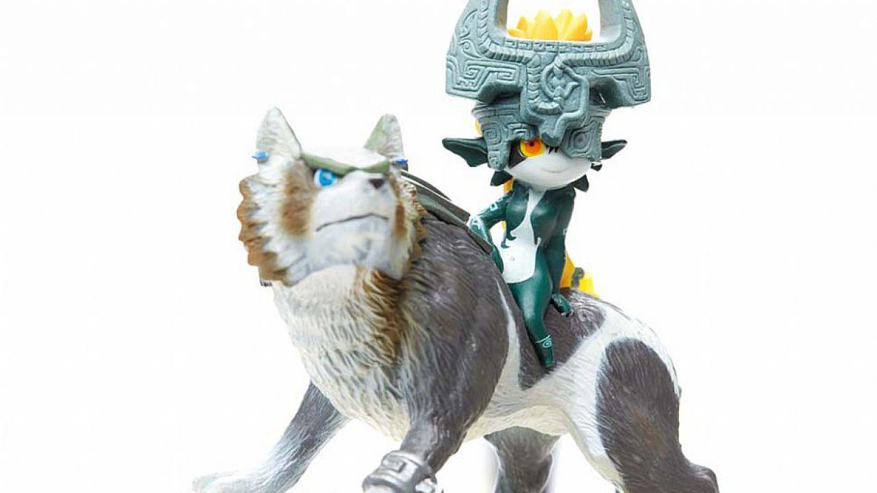 Amiibo: nuove immagini per la statuina di Link Lupo