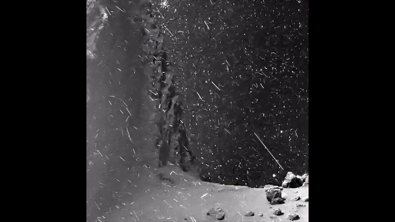 Ammirate il video di questo spettacolare paesaggio alieno ripreso dalla Cometa 67P