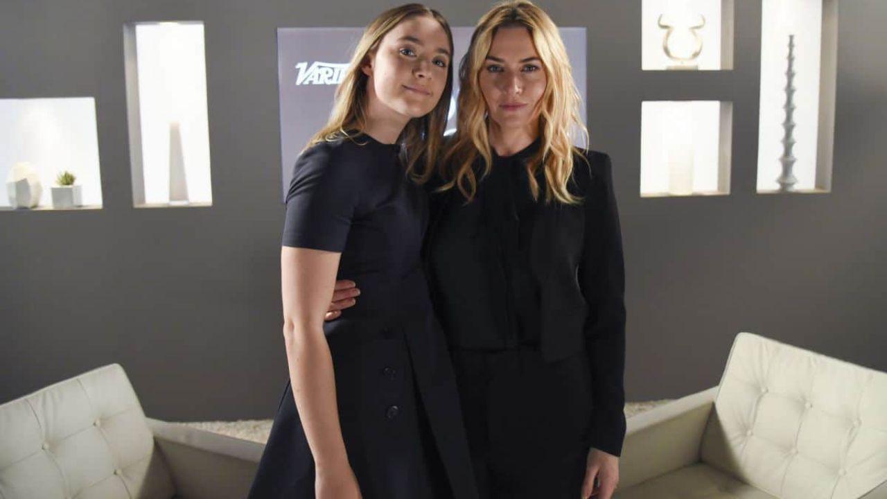 Ammonite: Kate Winslet e Saorise Ronan nel biopic lesbo, ed è subito polemica