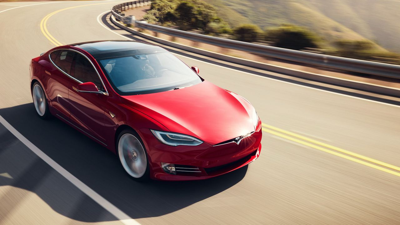 Analista scettico su Tesla:'le azioni sono una bolla speculativa'