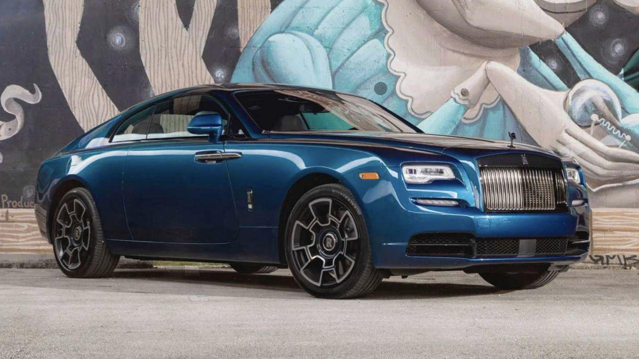 Anche Rolls-Royce cede: in arrivo la prima auto 100% elettrica del marchio