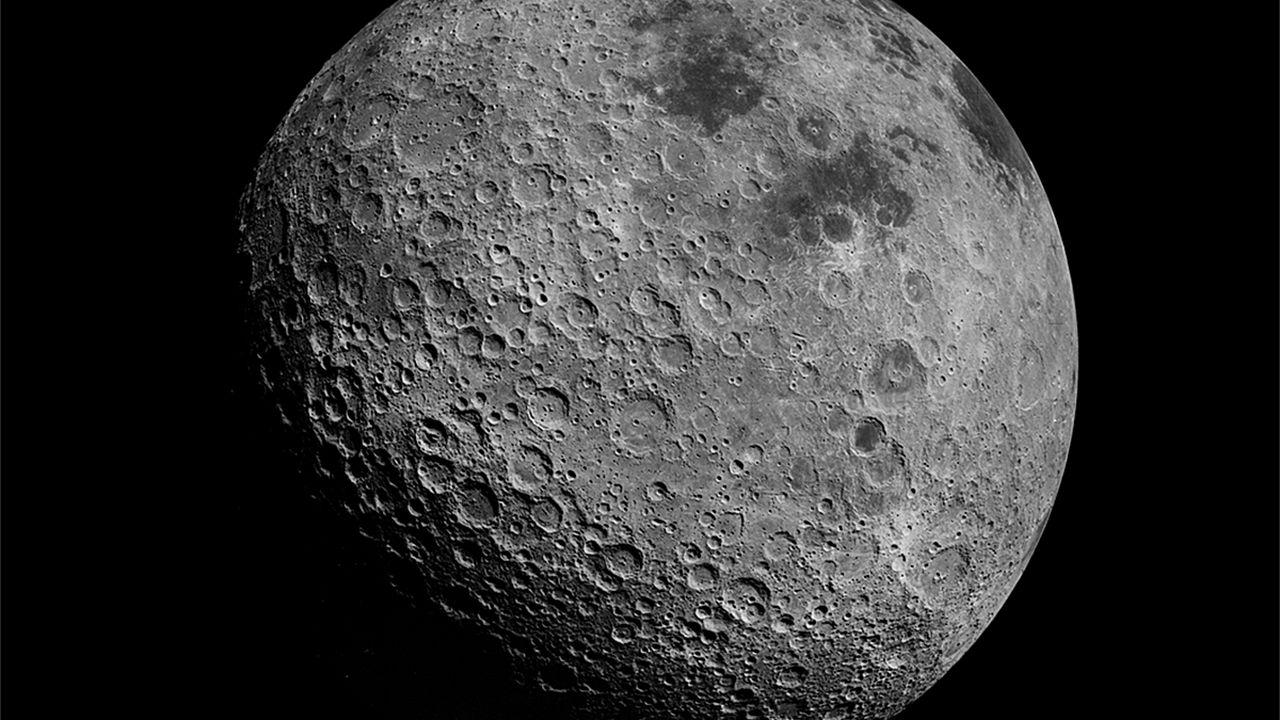 Annuncio NASA: manca poco all'evento, cosa potrebbe svelare l'agenzia riguardo la Luna?