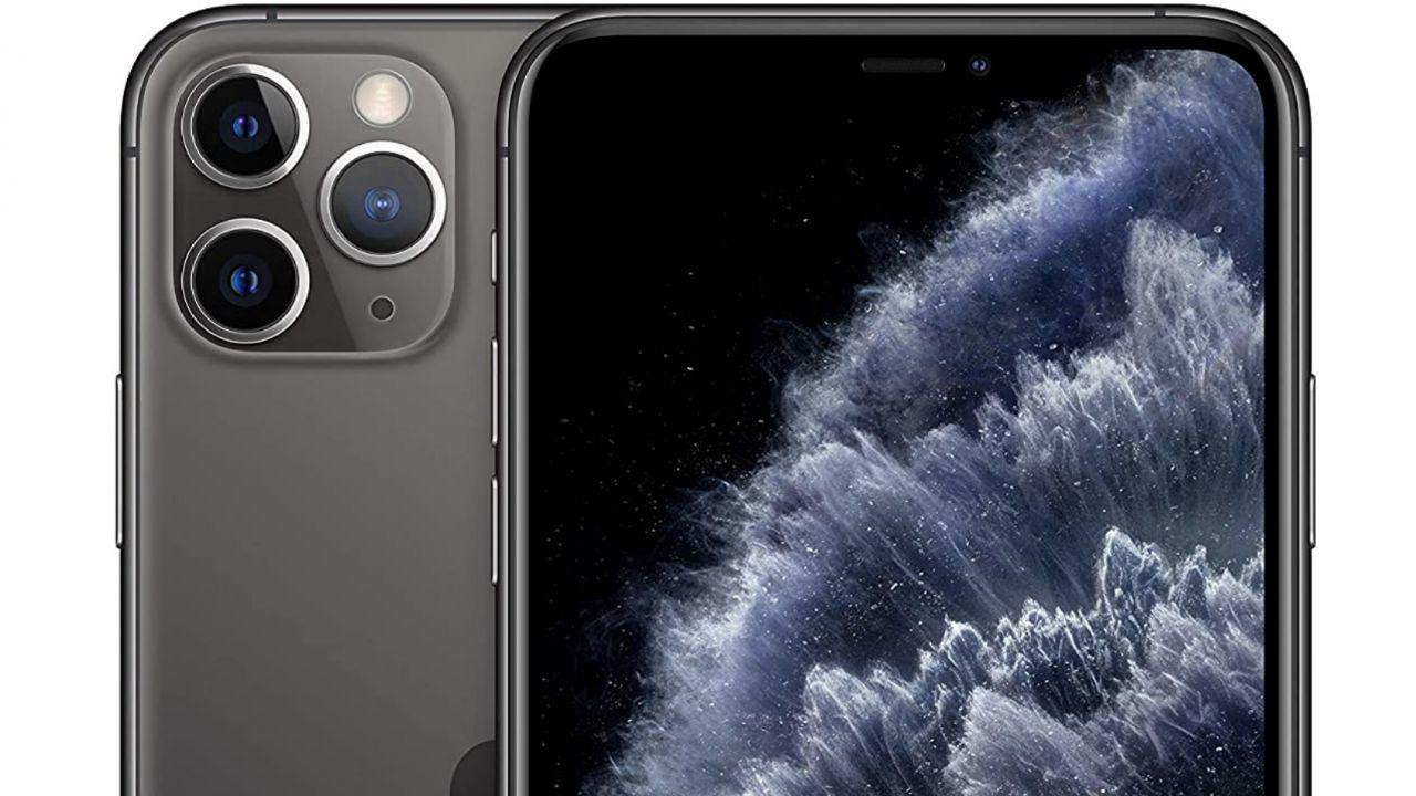 Apple Black Friday: su Amazon sconti su iPhone, Apple Watch ed accessori