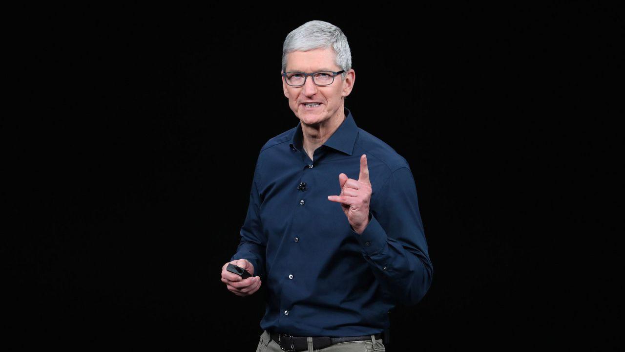 Apple, Tim Cook a sorpresa: 'domani grande annuncio', cosa potrebbe essere?