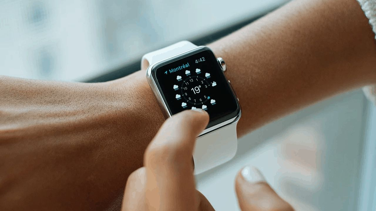 Apple Watch 6 avrà un prezzo più basso e rileverà gli attacchi di panico?