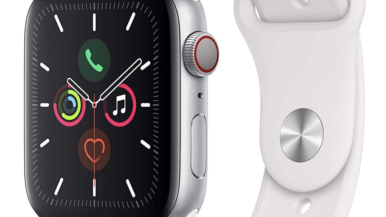 Apple Watch Series 5 da 44mm, sconto incredibile su Amazon per il Black Friday