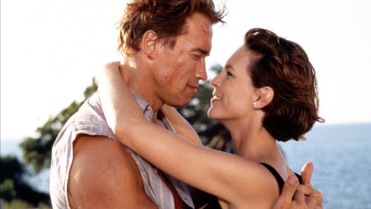 Arnold Schwarzenegger, gli auguri di Jamie Lee Curtis dopo l'intervento al cuore