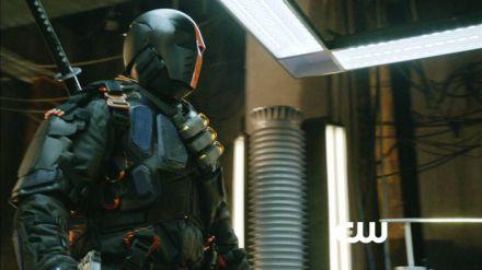 Arrow 2: ancora scene tagliate dalla serie