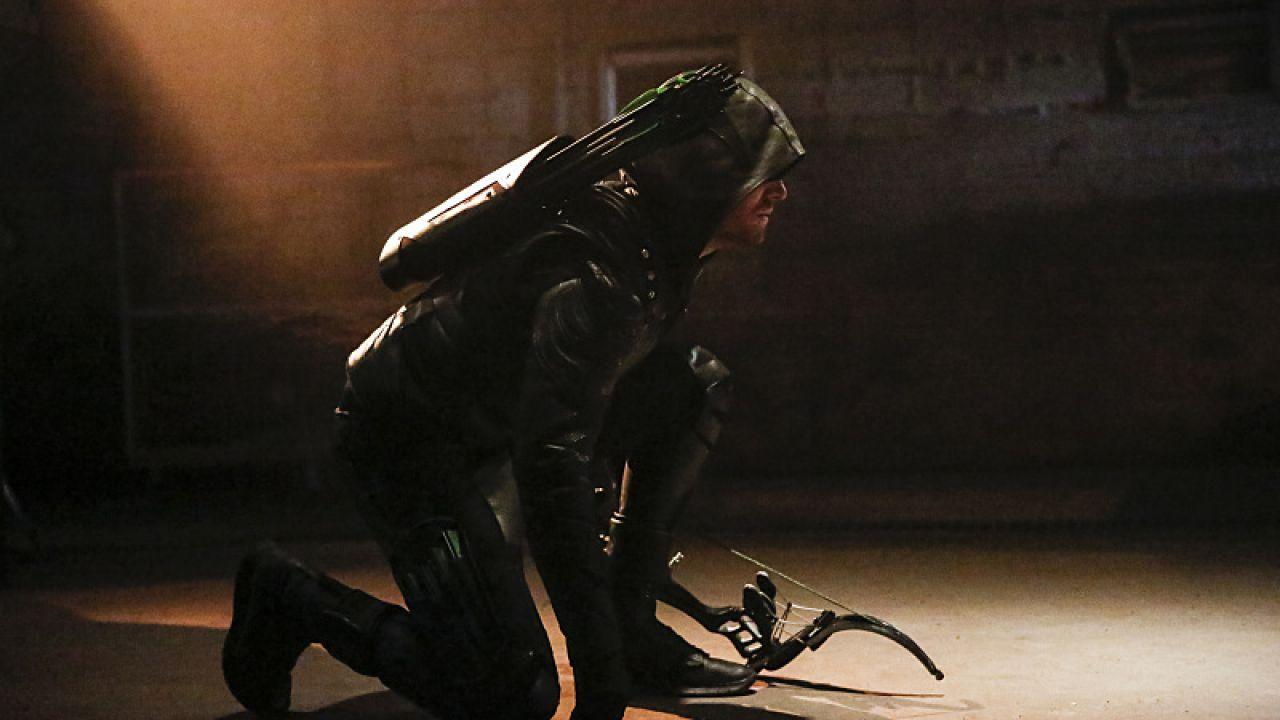 Arrow 5: ecco il villain Prometheus nelle prime immagini ufficiali