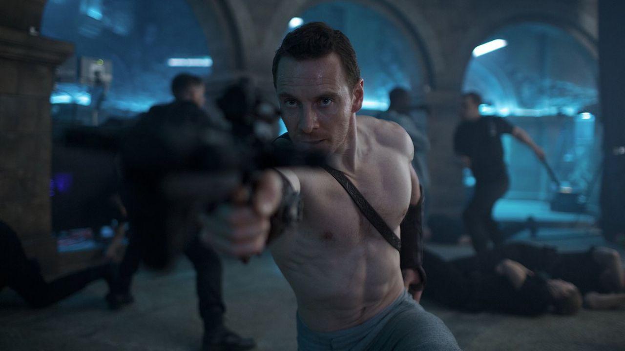 Assassin's Creed: Callum Lynch entra nell'Animus nella prima clip ufficiale