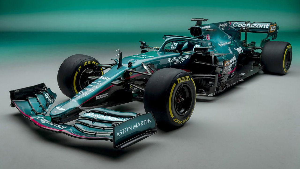 Aston Martin svela la AMR21, ecco la monoposto verde di Sebastian Vettel