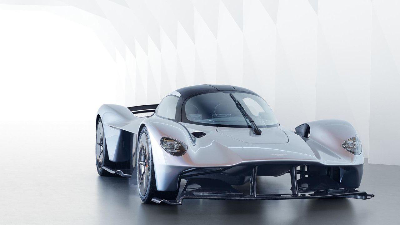 Aston Martin Valkyrie: il V12 aspirato da più di 1100 cavalli ruggisce in una nuova clip