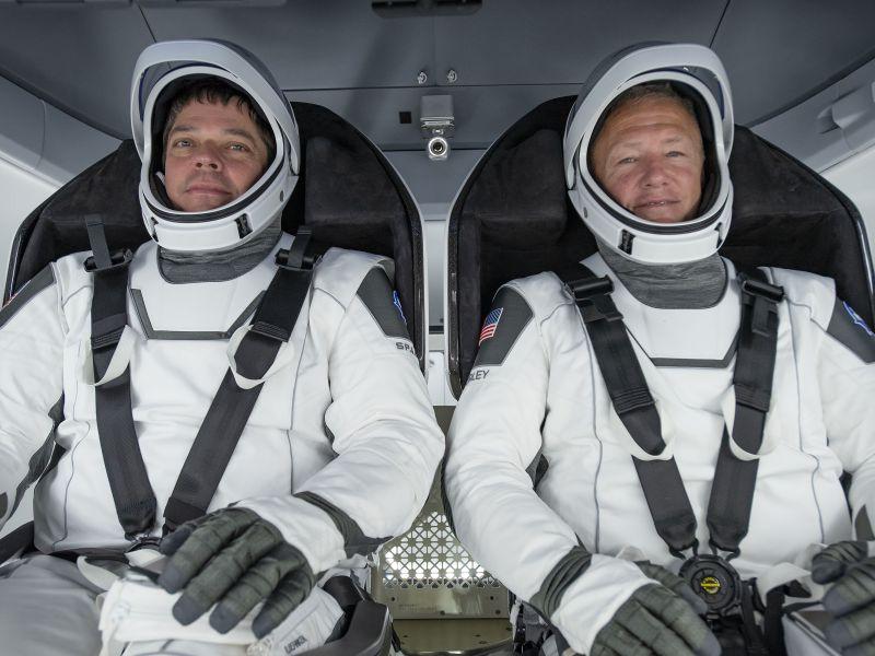 Astronauti della NASA sono arrivati sul luogo di lancio della missione che farà la storia