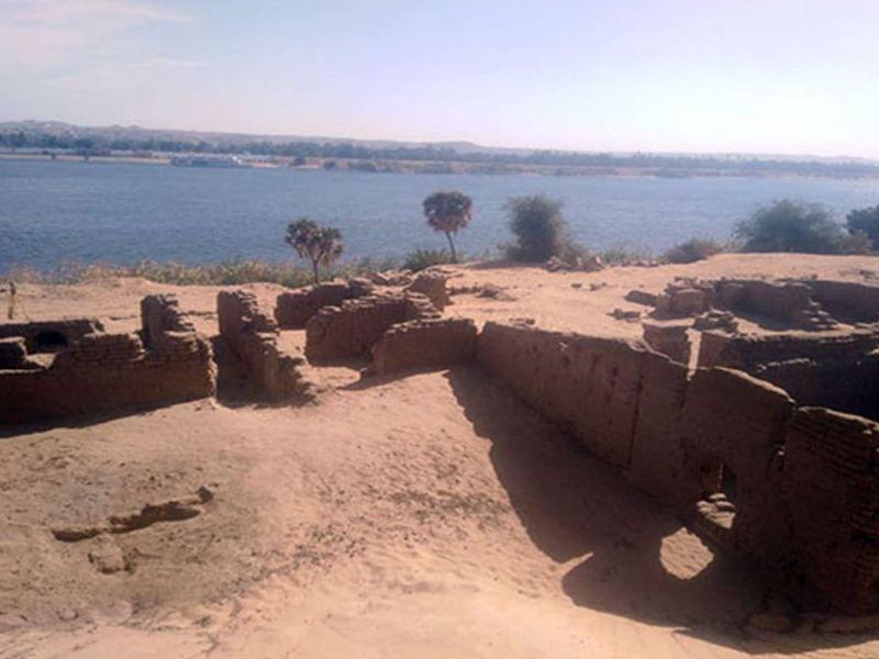 Aswan: il sito egizio che celava un tempio egizio, un forte romano e una chiesa copta