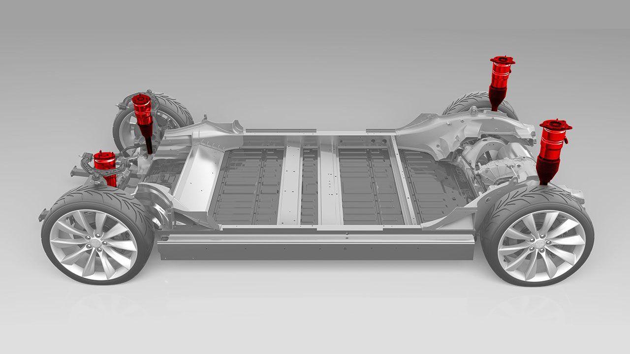 Audi ammette: Tesla avanti di due anni sul resto dell'industria