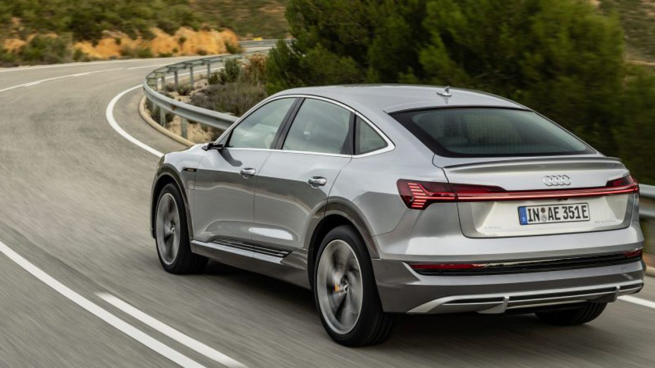 Audi rilancia sulle auto elettriche: pronti 10 miliardi di euro
