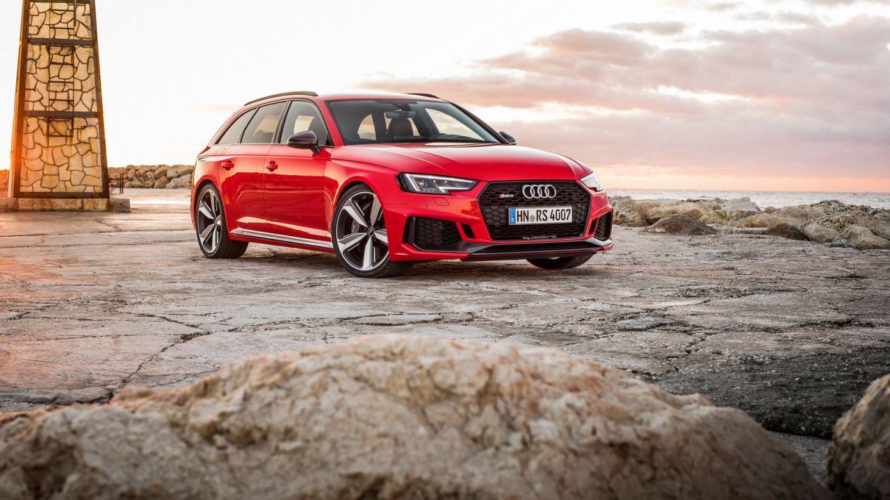 Audi RS4: ora è ufficiale, la nuova generazione sarà ibrida