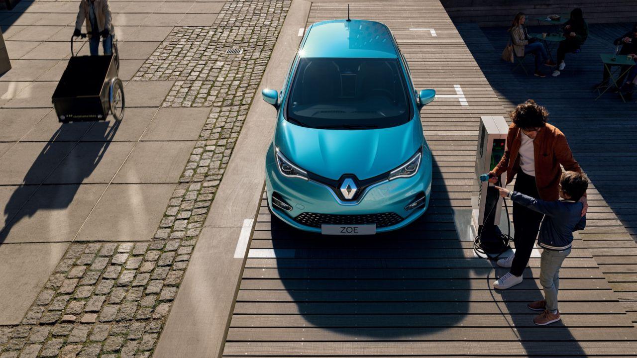 Auto elettriche e plug-in da record in Italia, nonostante il COVID-19