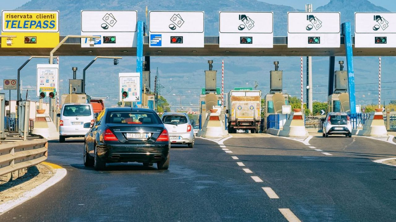 Autostrade, continua anche oggi 10 Agosto lo sciopero: gli orari