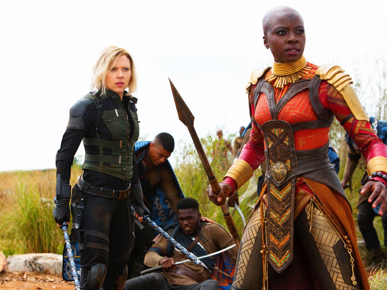 MARVEL Avengers Infinity War Vedova Nera con Pietra Infinity