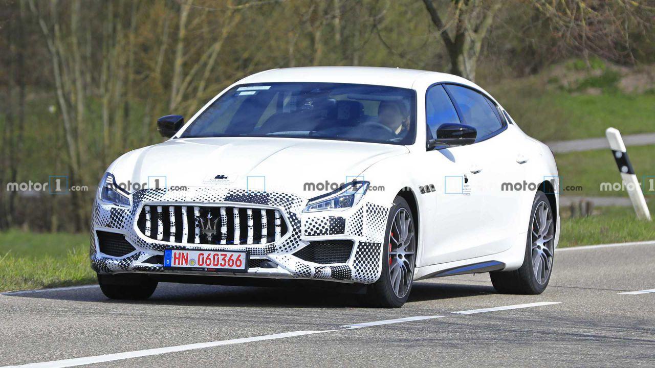 Avvistato un nuovo prototipo di Maserati Quattroporte: ecco le immagini