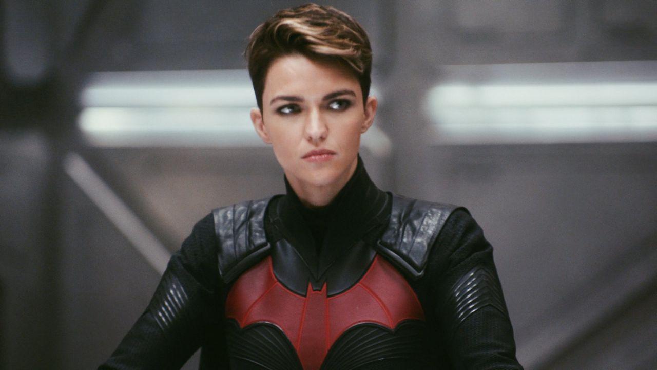 Batwoman, non temete: sapremo che fine ha fatto Kate Kane, promette la showrunner