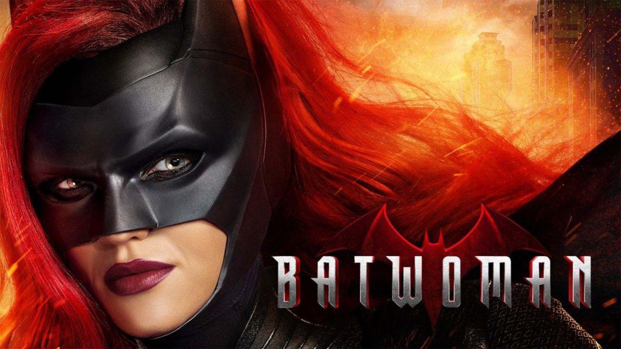 Batwoman, la showrunner: 'Inizialmente abbiamo pensato ad una nuova Kate Kane'
