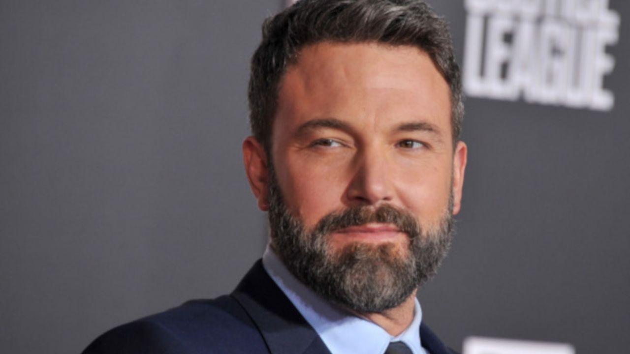 Ben Affleck avrebbe firmato un nuovo contratto per Batman: ecco l'incredibile rumor