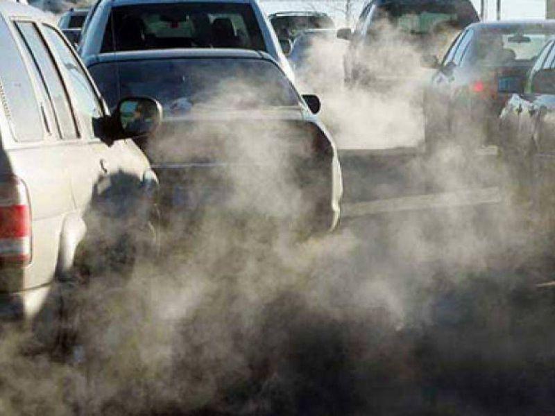 Blocchi COVID-19 hanno ridotto del 17% emissioni giornaliere globali di CO2 ad aprile