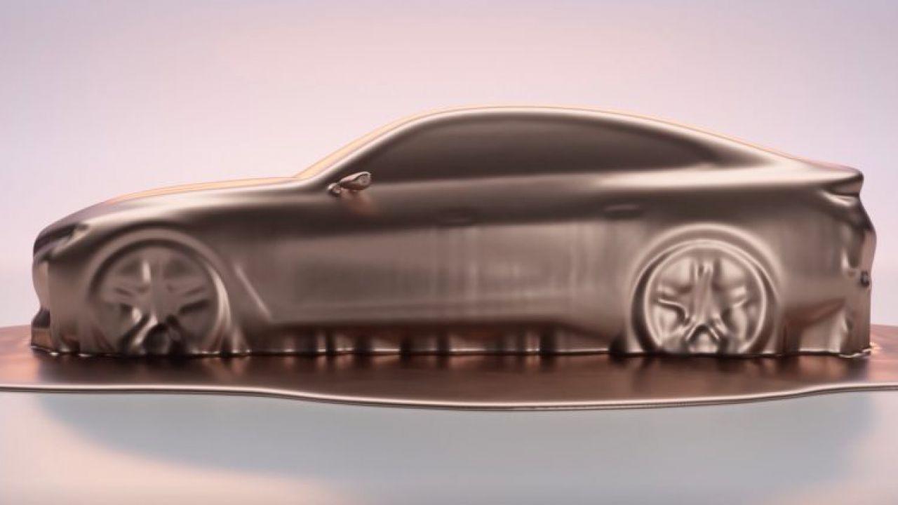 BMW mostra le forme della i4 EV: la prima elettrica tedesca con 500 km di autonomia