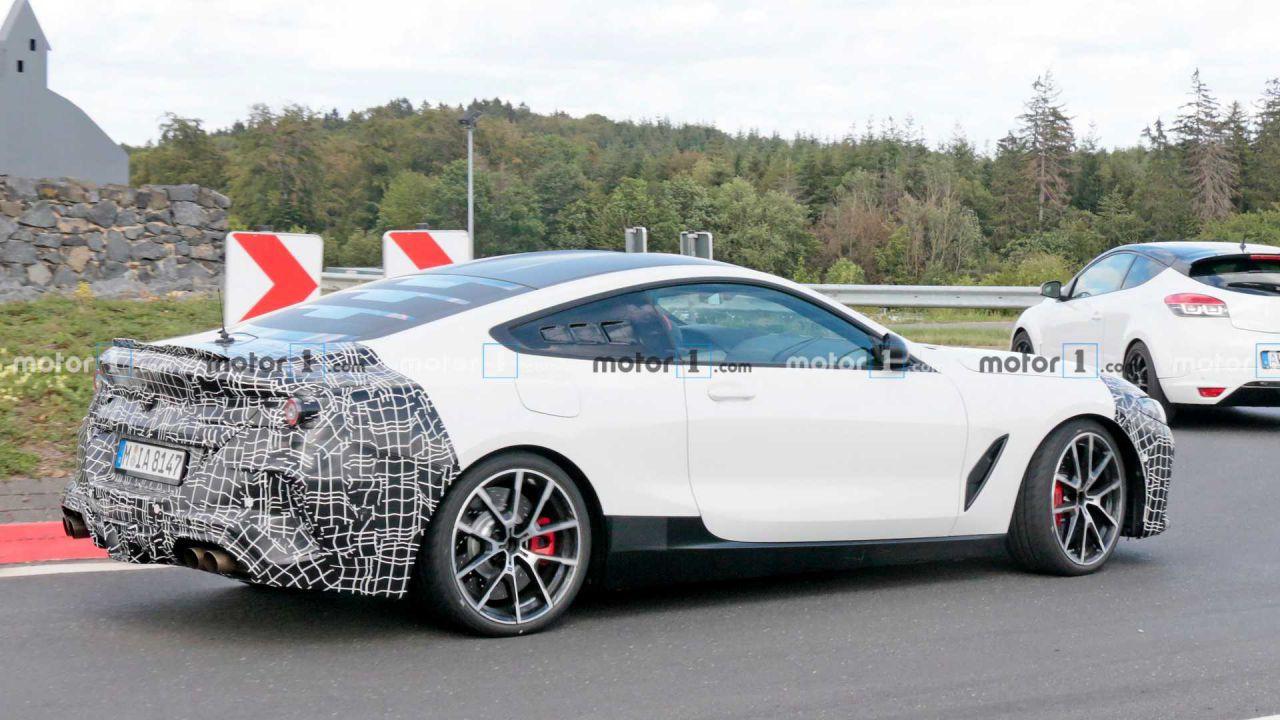 BMW sta preparando una sportiva a motore centrale?