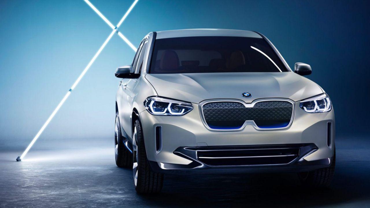 BMW fa sul serio: rilascerà sul mercato 25 veicoli elettrici entro il 2023
