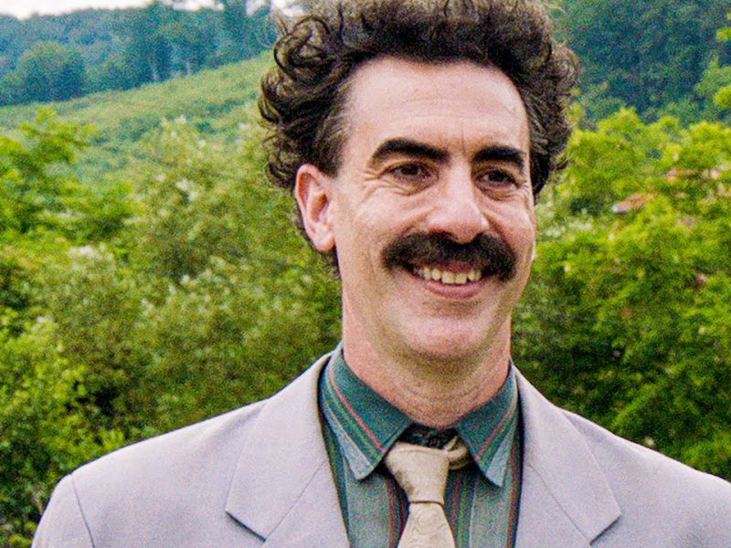 Borat 2, Sacha Baron Cohen ringrazia Rudy Giuliani per la vittoria ai Golden Globe