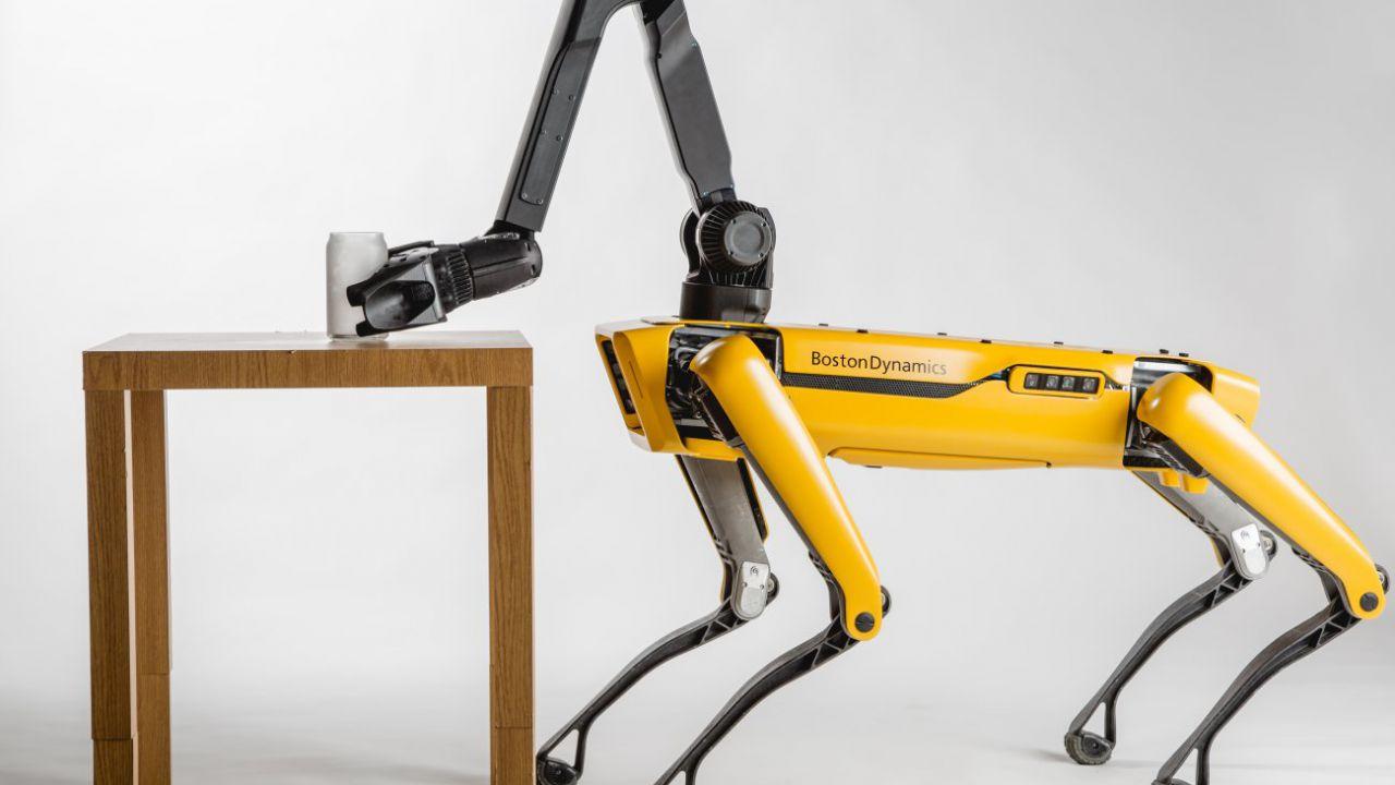 Boston Dynamics è pronta a commercializzare lo Spot Mini, ora è ufficiale