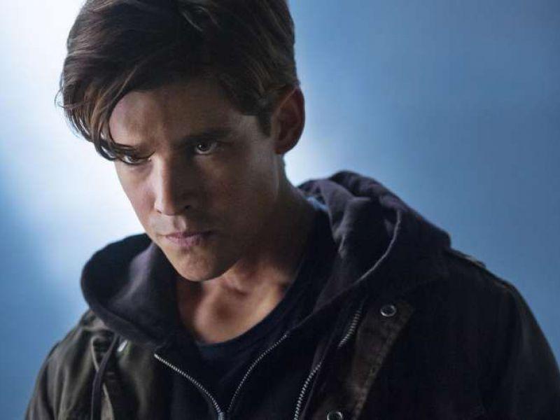 Brenton Thwaites sul perché non abbiamo ancora visto Nightwing in azione