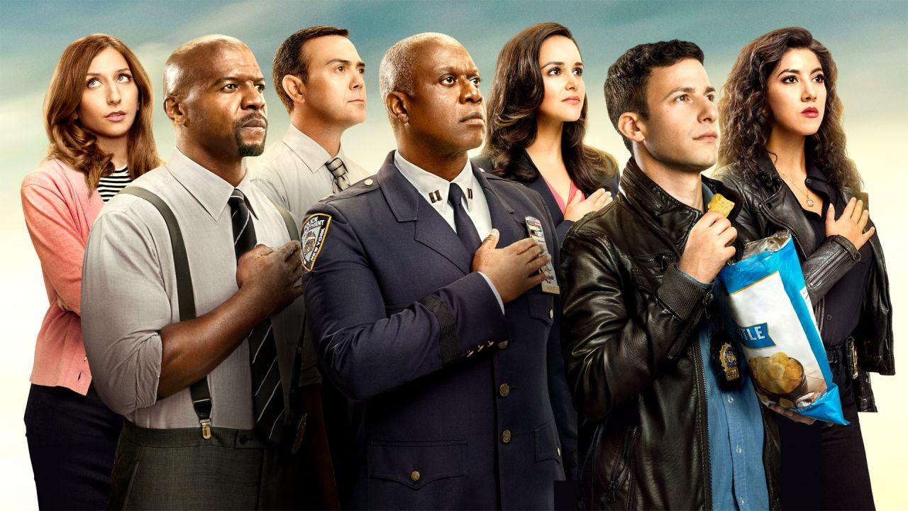 Brooklyn Nine-Nine, dopo il caso George Floyd produzione in standby: 'È ora di riflettere'