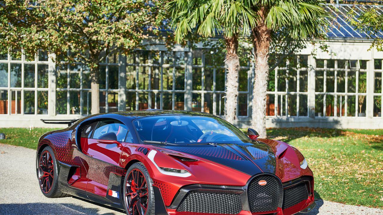 Bugatti Divo: un'opera d'arte che ha richiesto due anni di lavoro manuale