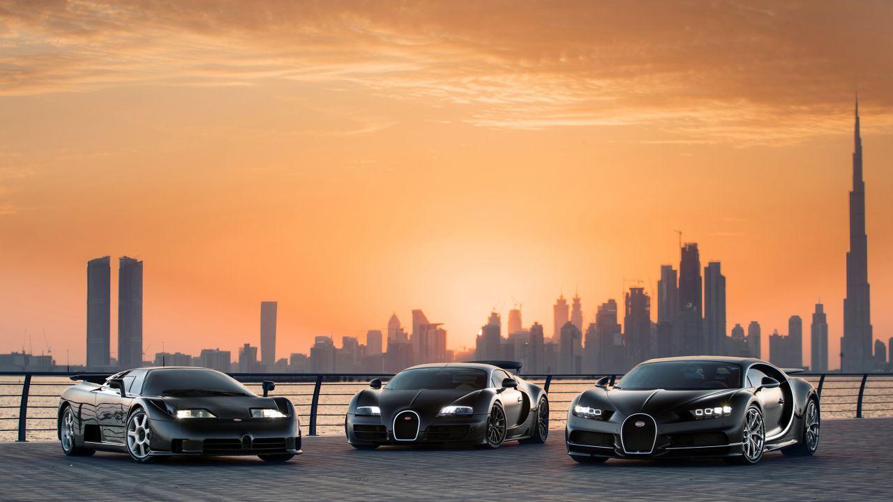 Bugatti schiera tre supercar leggendarie in un solo scatto, ed è sublime
