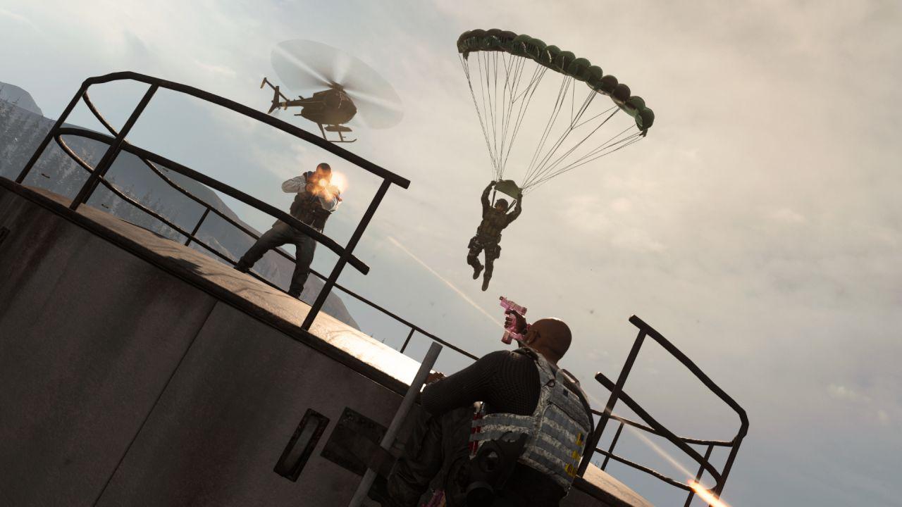 Call of Duty Warzone: trucchi per lanciarsi con il paracadute ed atterrare velocemente